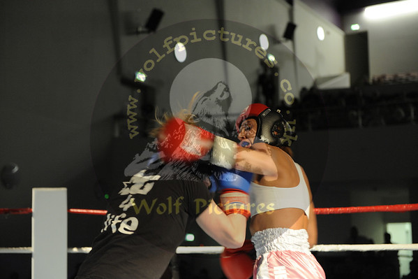 5. Ashley Dobbs v Bex Packam